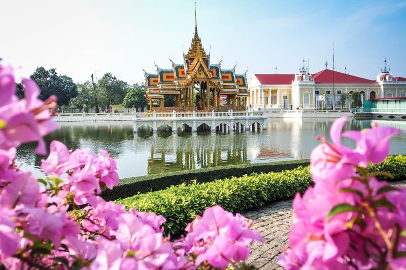 Sala tailandês Bangpa-no lugar, Patumthani, Tailândia imagens de stock