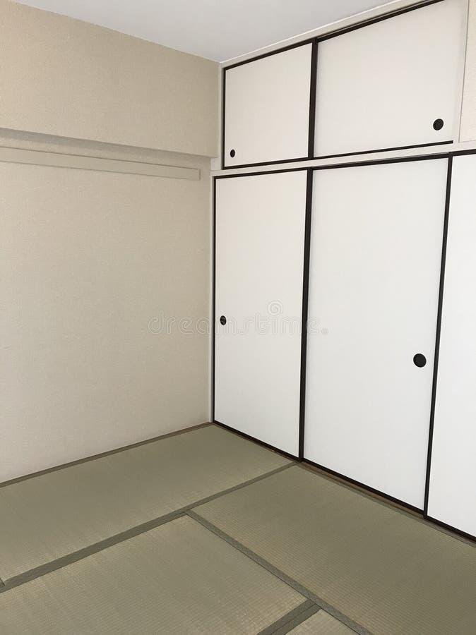 Sala tradicional japonesa da esteira do assoalho de tatami fotografia de stock royalty free