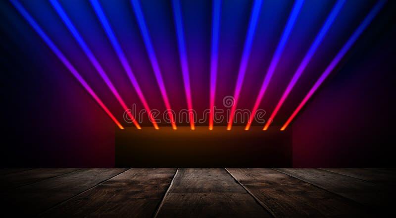 Sala vazia escura com paredes de tijolo e luzes de néon, fumo, raios fotos de stock royalty free