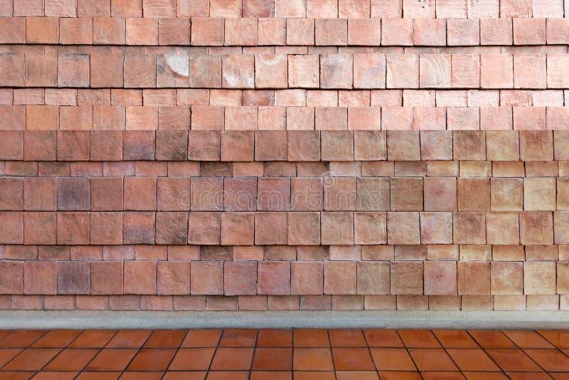 Sala vazia - textura do fundo da parede de pedra e do rés do chão com imagem de stock