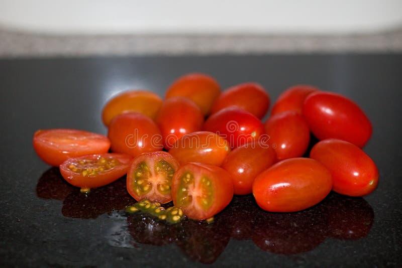Salad Baby Cherry Tomaten gewaschen lizenzfreies stockfoto