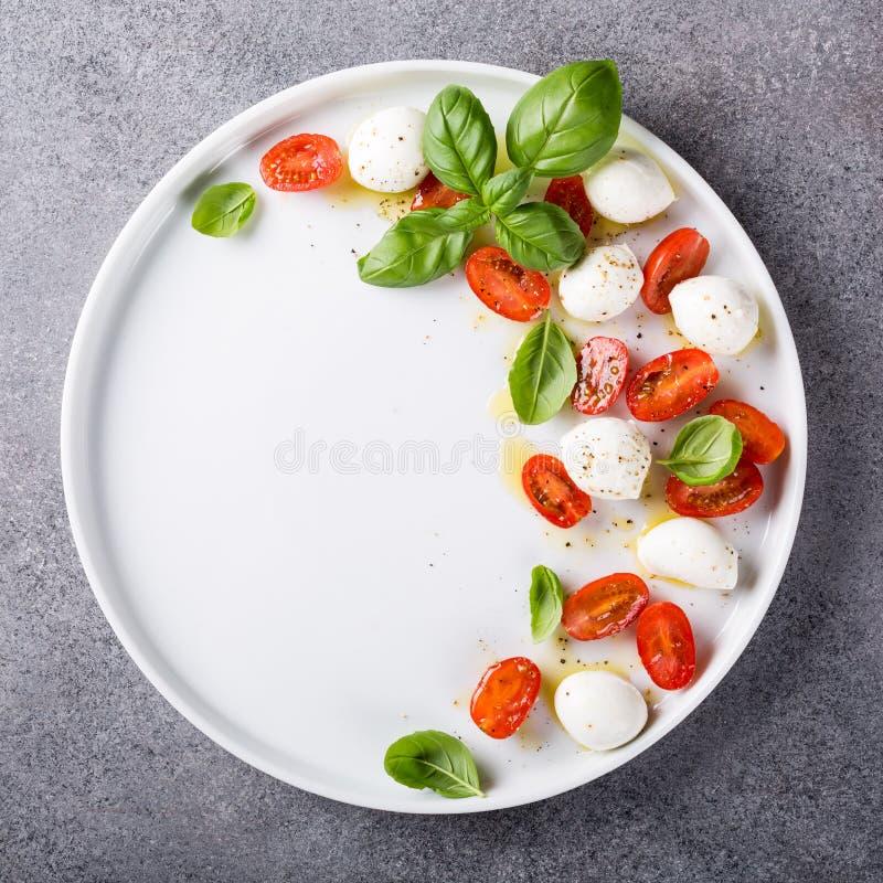 Salada caprese deliciosa imagens de stock royalty free