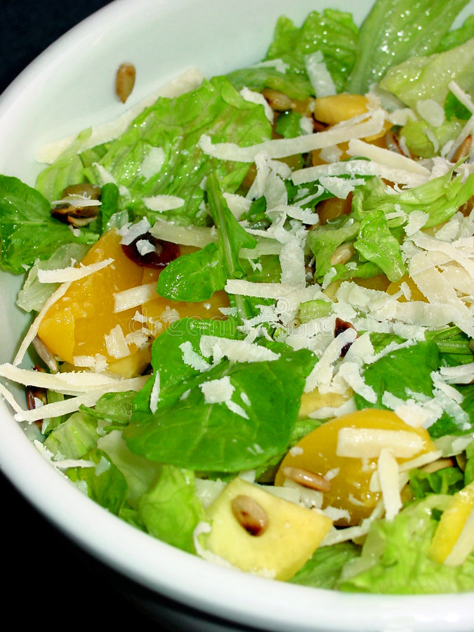 Salada com mozarella fotografia de stock royalty free