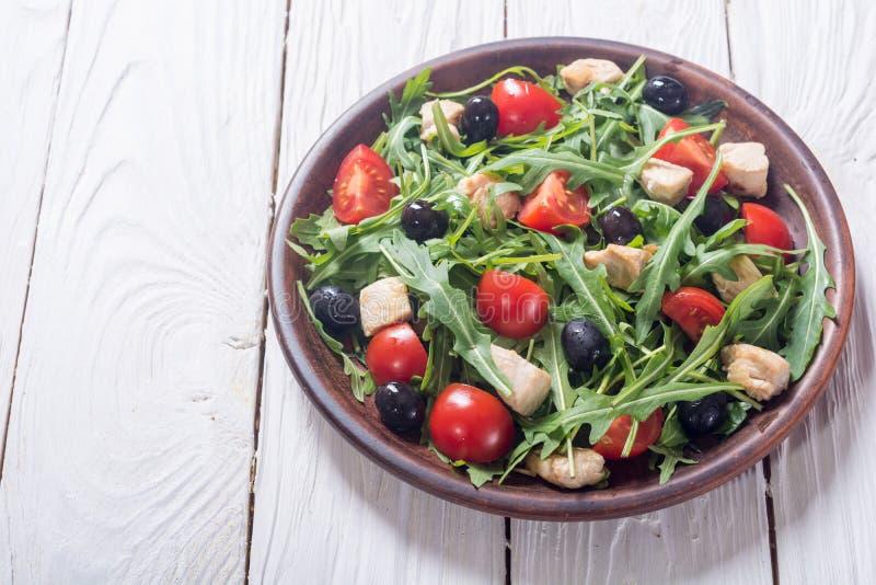 Salada com rúcula fotografia de stock royalty free