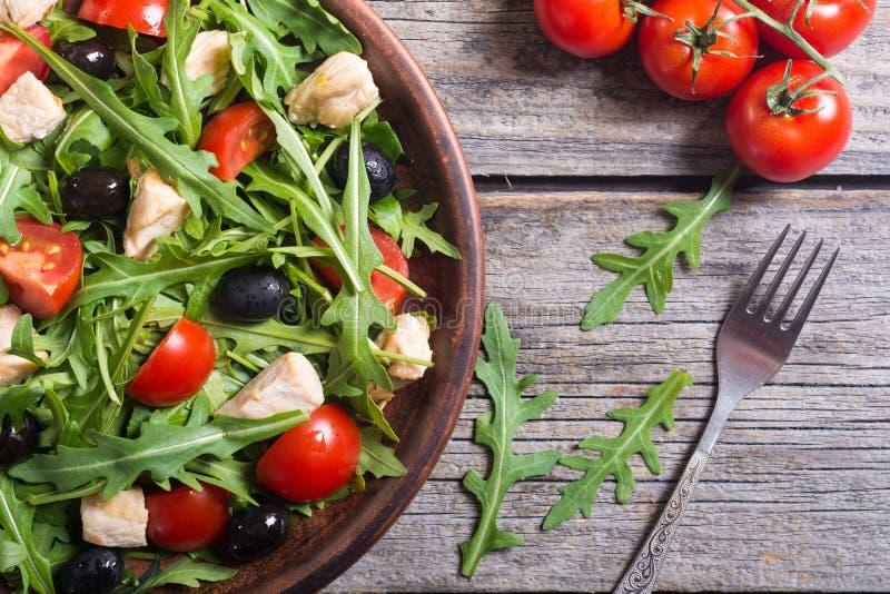 Salada com rúcula fotos de stock