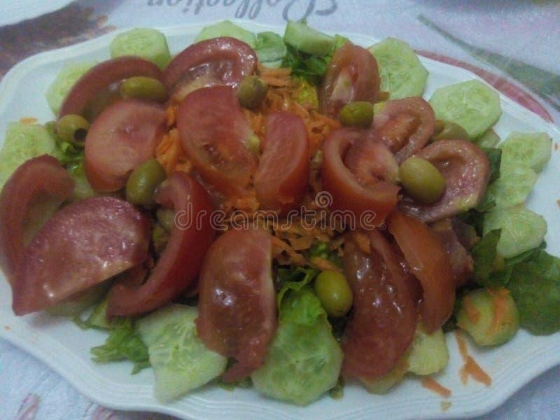 Salada com tomates imagem de stock