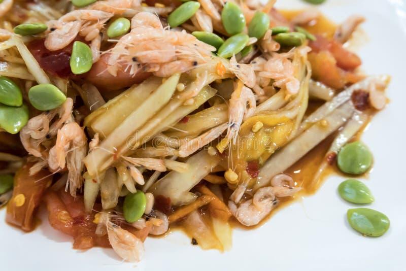 Salada conservada picante dos peixes com alimento tailandês famoso do camarão fotografia de stock royalty free