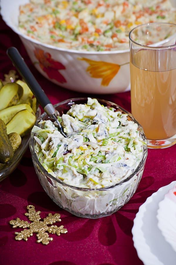 Salada de arenques com alho-porros fotografia de stock royalty free