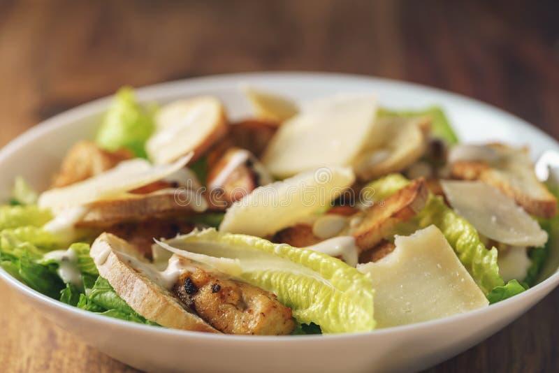 Salada de Caesar com close up fotografia de stock royalty free