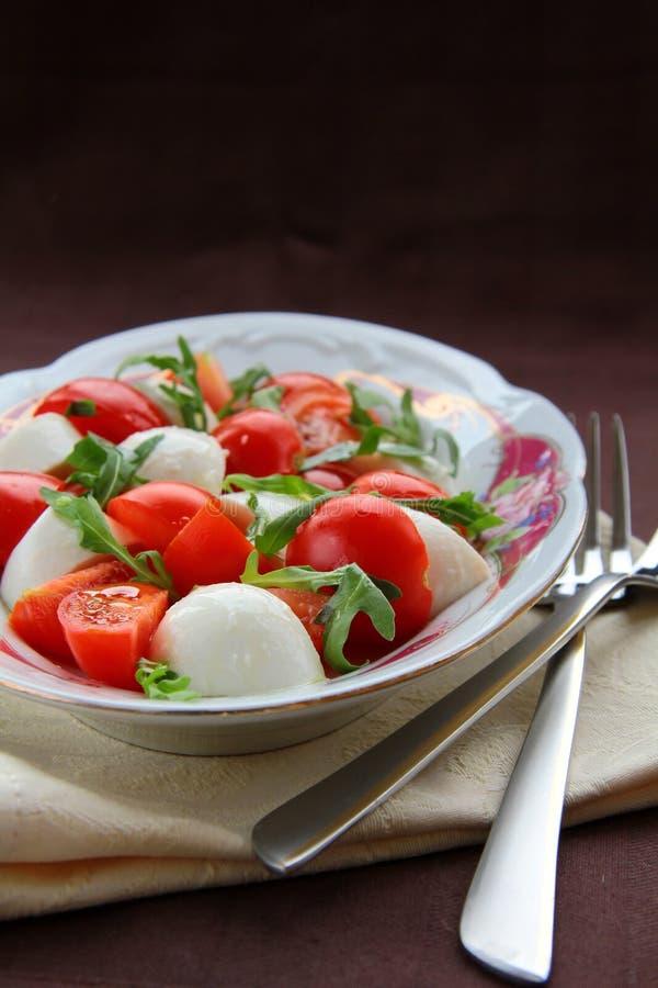 Download Salada de Caprese foto de stock. Imagem de mozzarella - 16864060