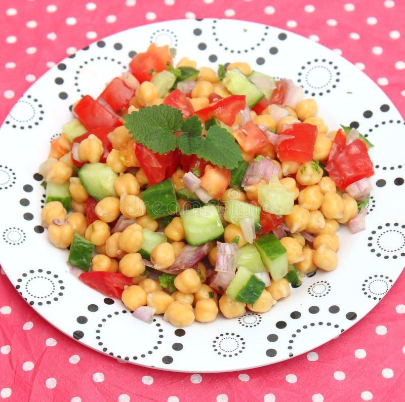 Salada de ervilhas de pintainho fotografia de stock royalty free