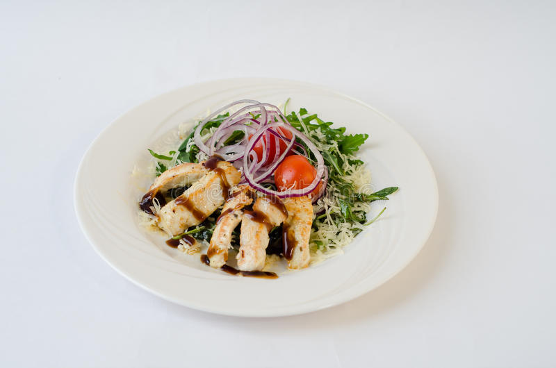 Salada de frango com rúcula foto de stock