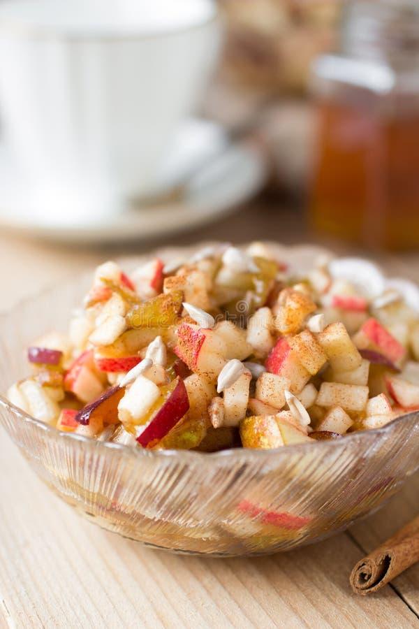 Salada de fruto crua saudável com mel fotos de stock