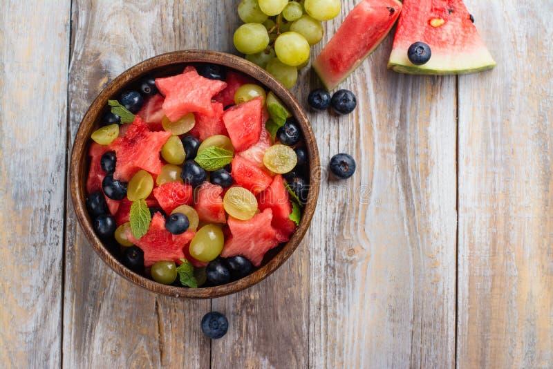 Salada de fruto do verão fotos de stock