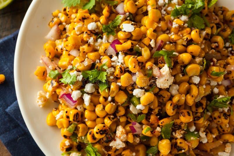 Salada de milho mexicana caseiro fotografia de stock royalty free