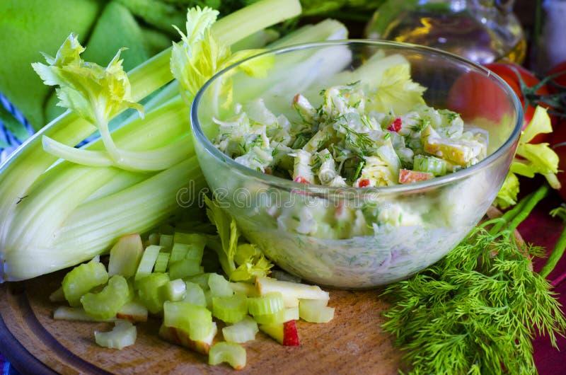 Salada do aipo e da maçã fotos de stock
