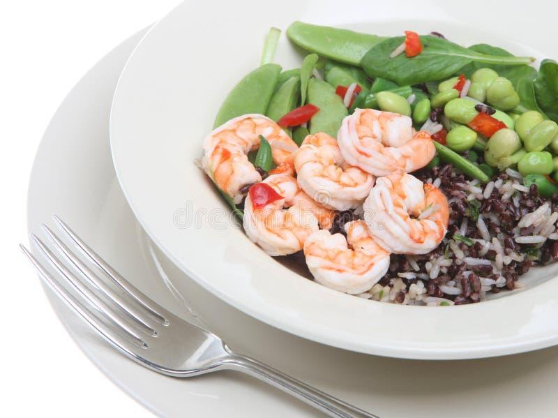 Salada do camarão e do feijão fotografia de stock