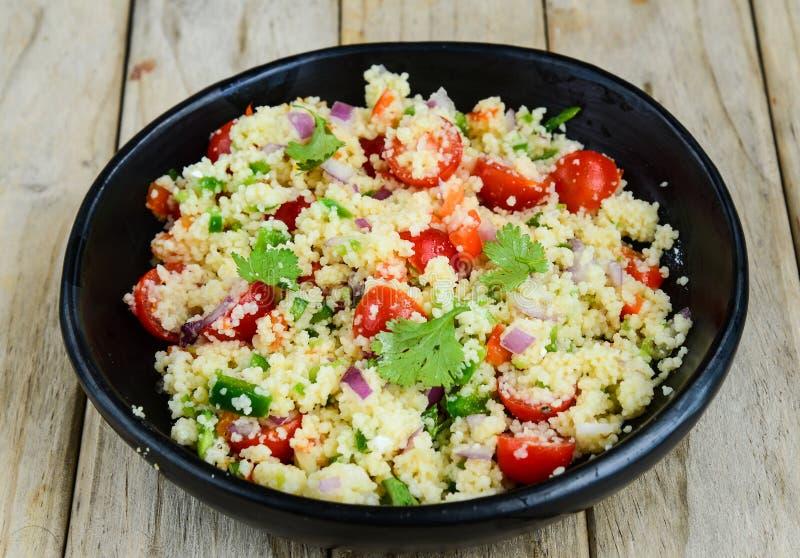 Salada do cuscuz fotos de stock