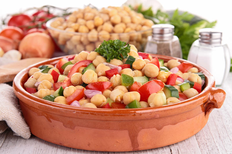 Salada do grão-de-bico foto de stock