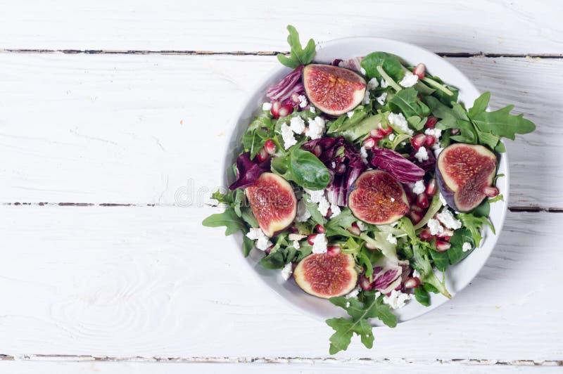Salada do outono com rúcula fotografia de stock