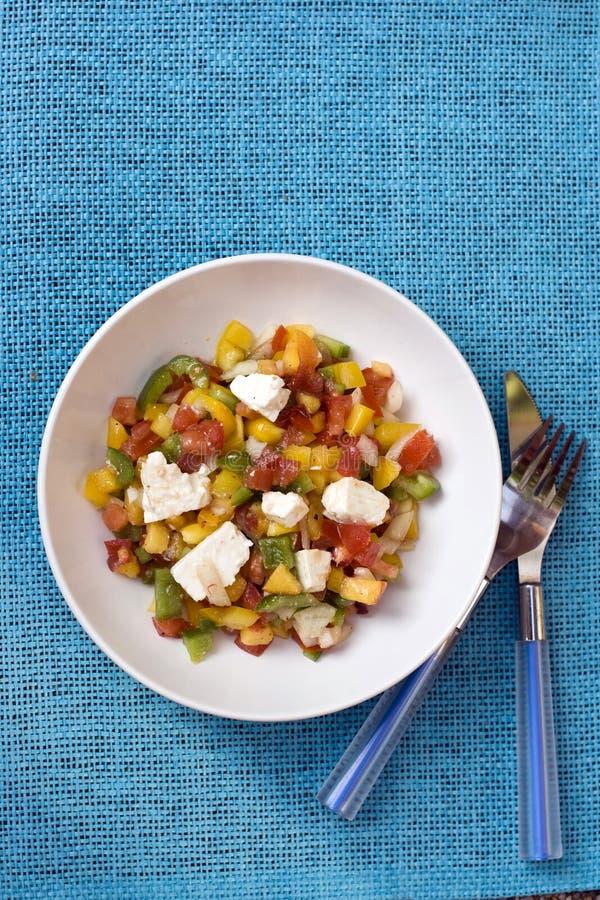 Salada do pêssego com feta & tomate foto de stock
