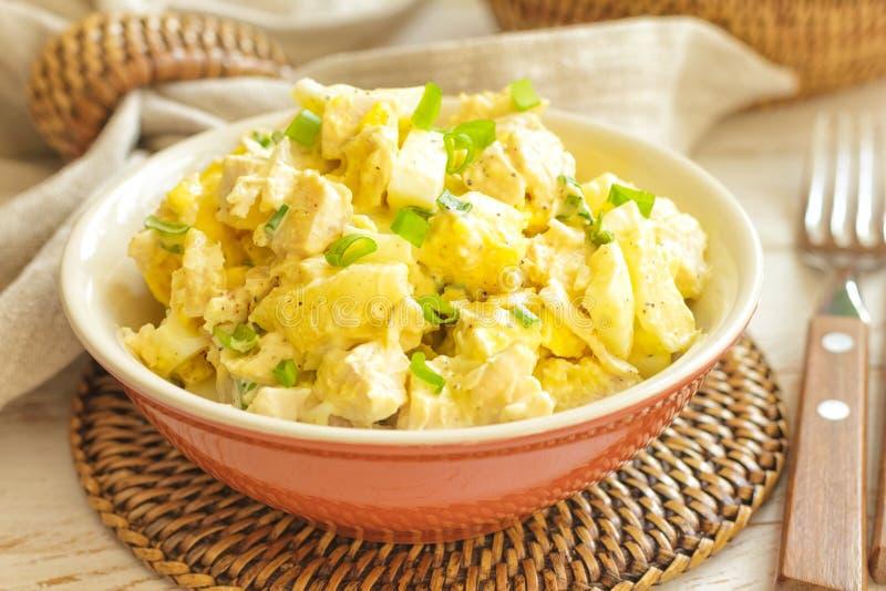 Salada do peito de frango com abacaxi imagens de stock