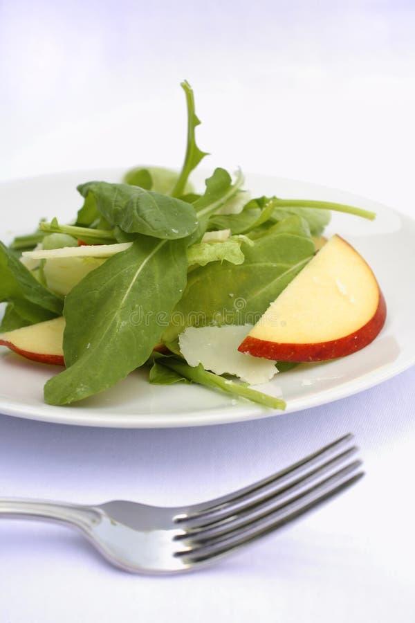 Salada do queijo do pecorino da maçã do Arugula fotos de stock
