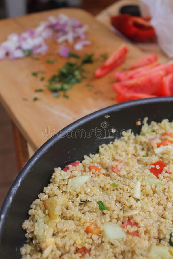 Salada do Quinoa fotografia de stock royalty free
