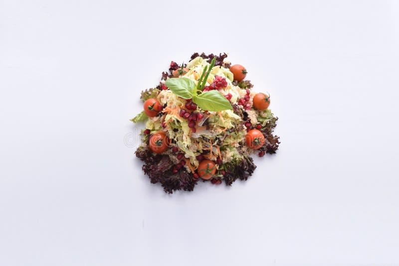 Salada do Quinoa com vegetais & romã fotografia de stock