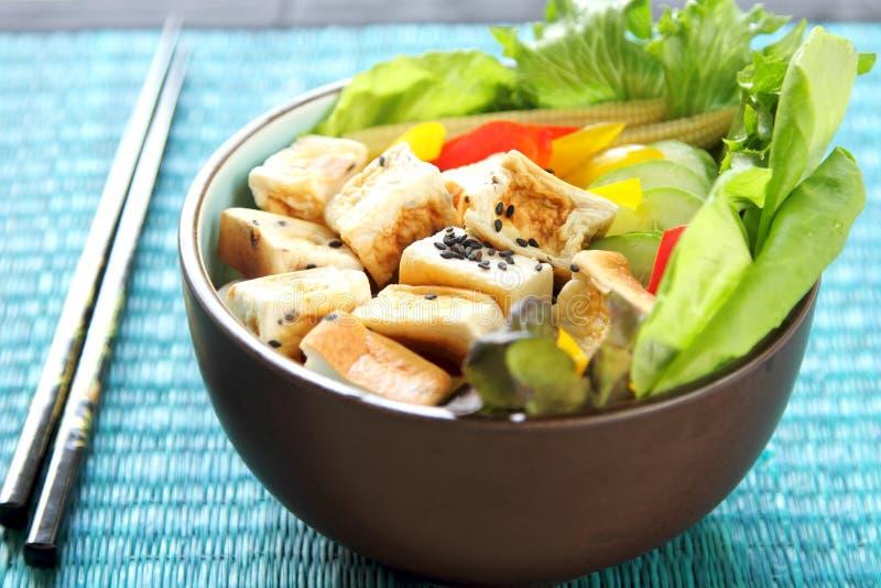 Salada do Tofu [alimento saudável] fotos de stock royalty free