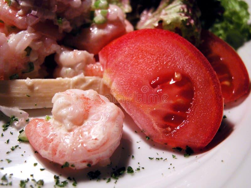 Download Salada dos camarões foto de stock. Imagem de luncheon, menu - 101778