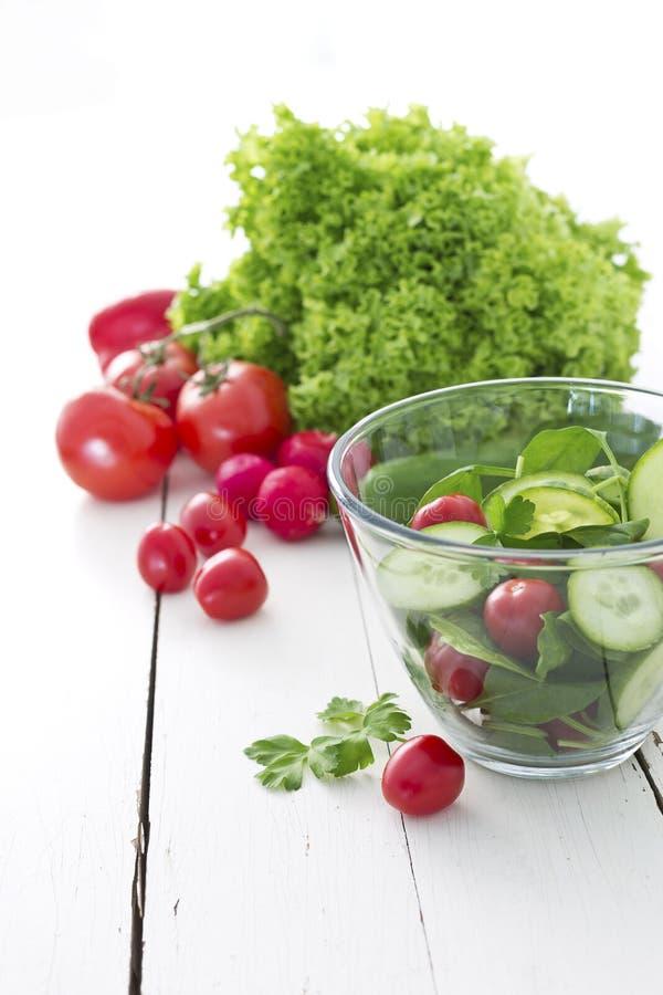 Salada fresca do jardim fotos de stock