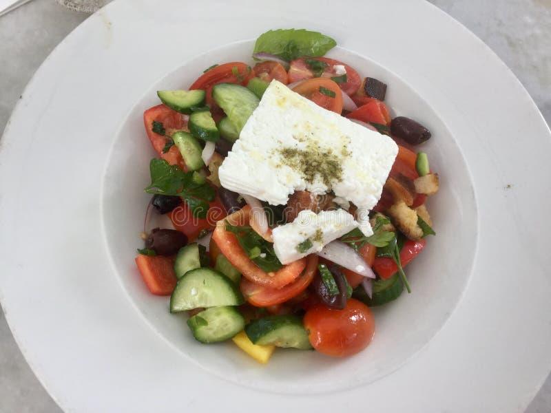 Salada grega clássica Gourmet fresco do vegetariano Vista superior fotografia de stock royalty free