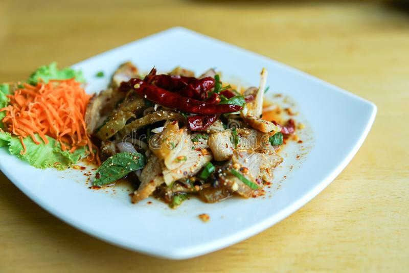 Salada grelhada da carne de porco imagens de stock