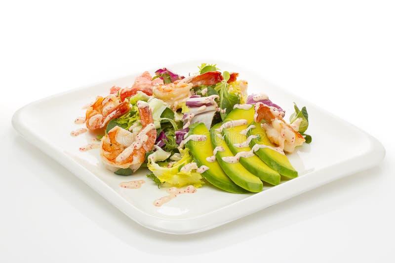 Salada grelhada do camarão com abacate fotos de stock