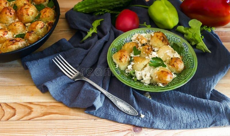 Salada Tabule - um prato comum da culin?ria ?rabe fotografia de stock
