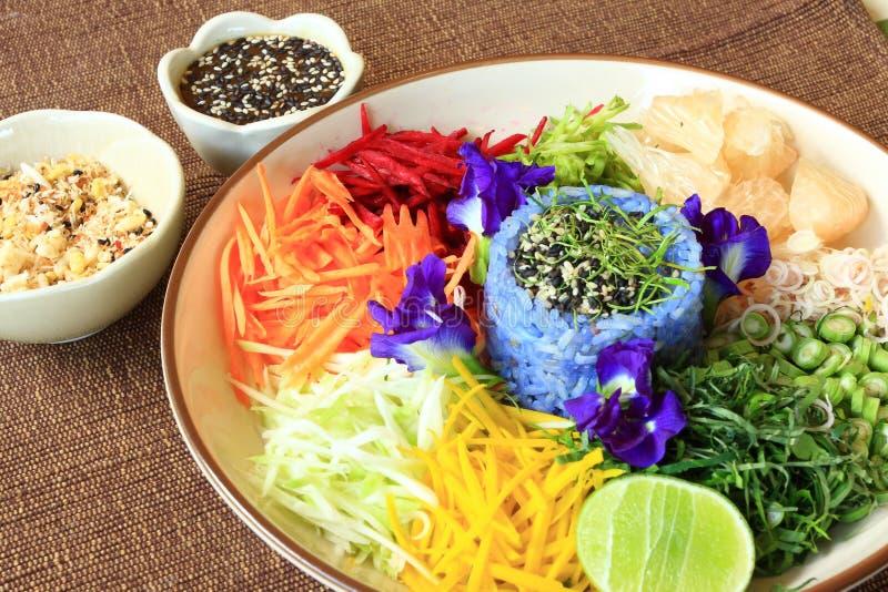 Salada tailandesa do arroz fotografia de stock royalty free