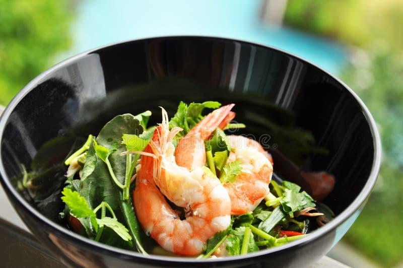 Salada tailandesa do camarão do estilo fotografia de stock