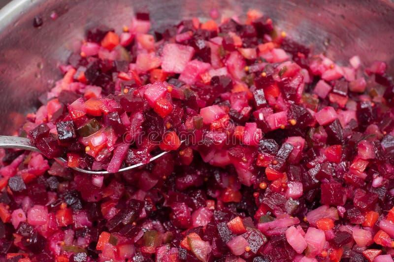 Salada vegetal com v?rios ingredientes fotografia de stock