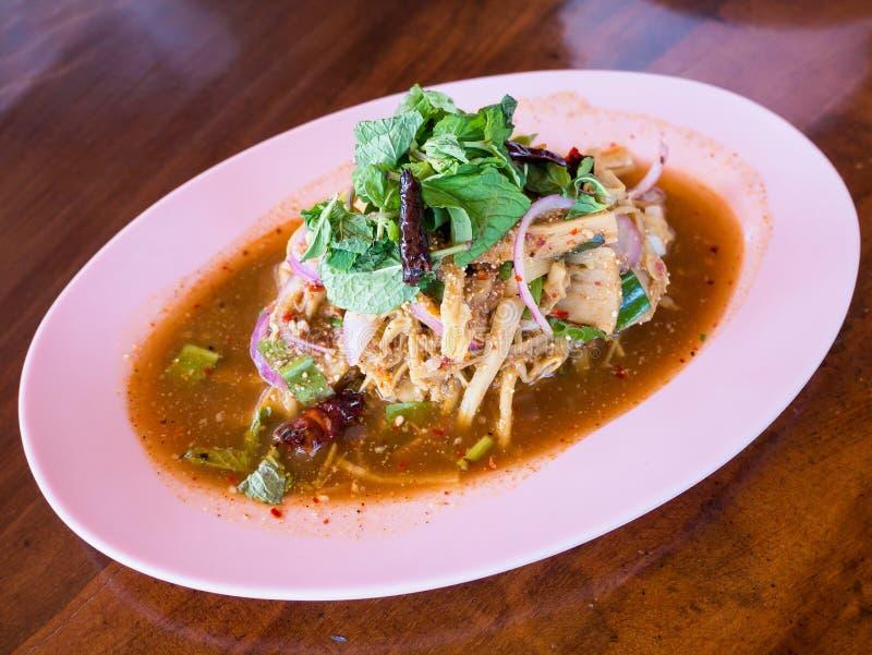 Salade épicée de pousse de bambou photo libre de droits