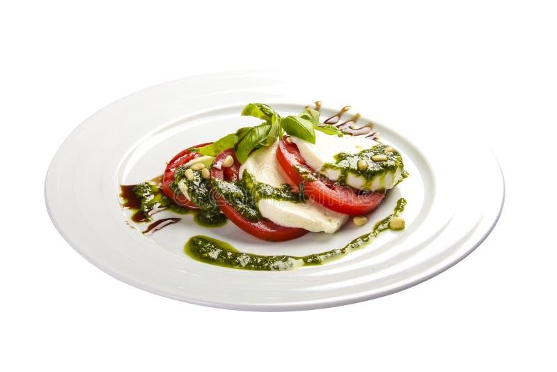 """Salade """"Caprese """" Plat italien traditionnel photo libre de droits"""