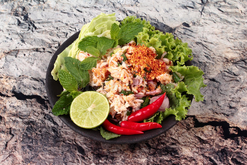 Download Salade Aigre épicée De Crabe Avec Le Légume, Laboratoire Poo D'appel Photo stock - Image du laitue, persil: 87705470