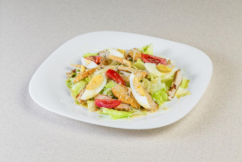 Salade avec des oeufs images libres de droits