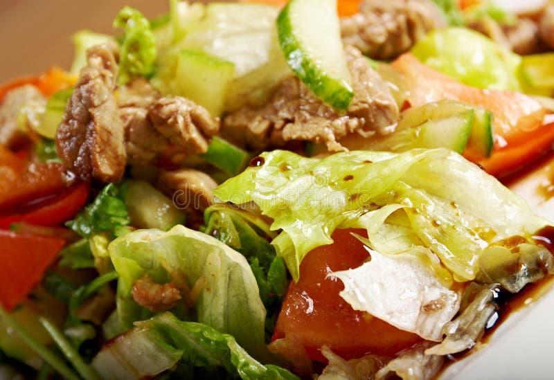 Salade avec du boeuf photo libre de droits