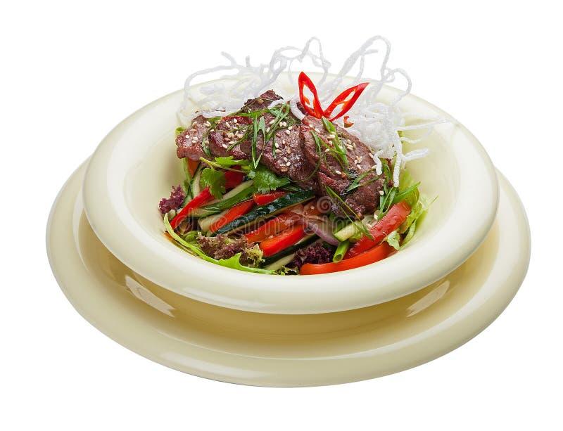 Salade avec le veau et les l?gumes marin?s Cuisine asiatique photo libre de droits
