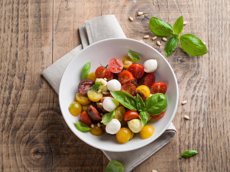 salade caprese photo libre de droits