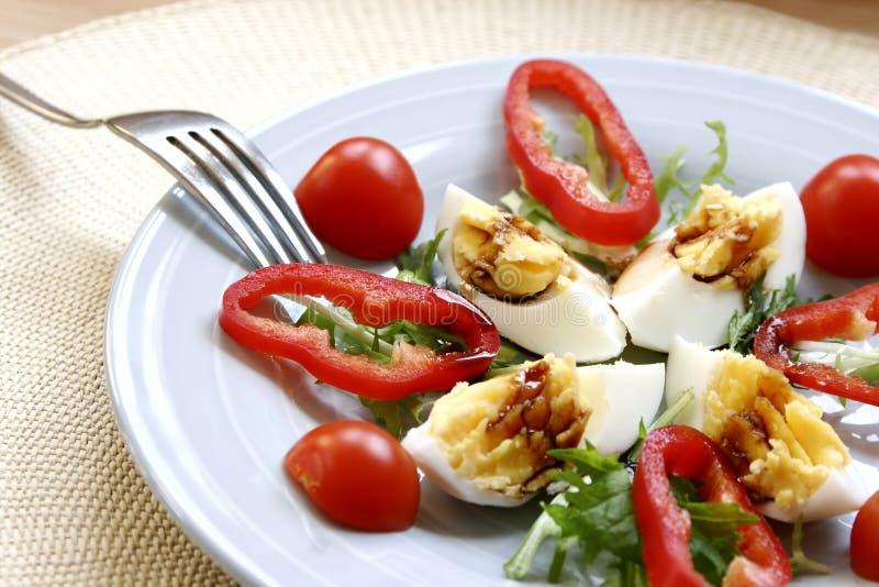 Download Salade d'oeufs photo stock. Image du culinaire, sain, vert - 2129520