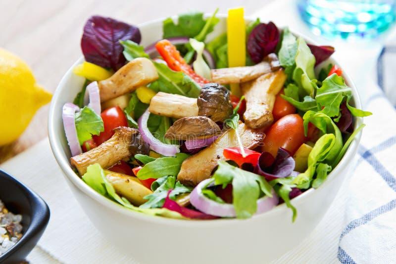 Salade de champignon photos libres de droits