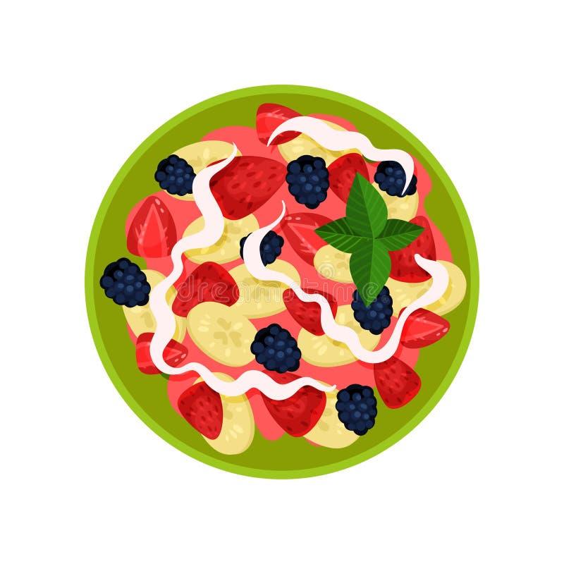 Salade de fruits délicieuse faite de banane, fraise, mûre et yaourt dans la cuvette, vue supérieure Nourriture fraîche et saine p illustration stock