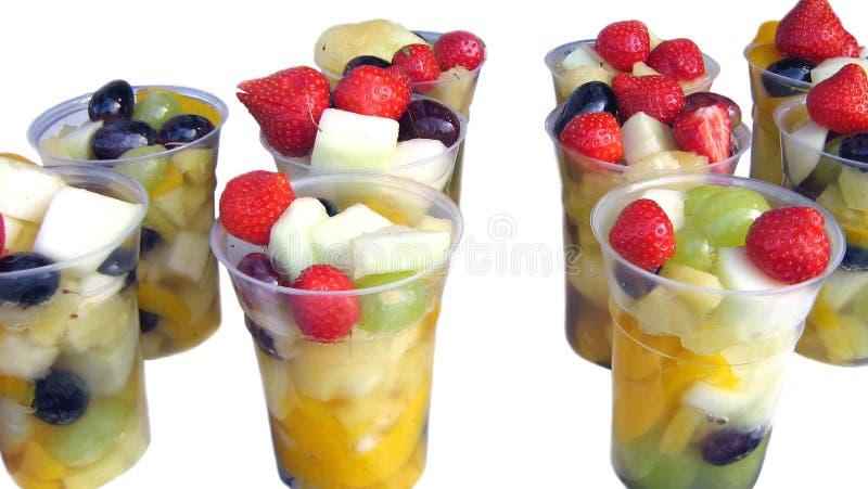 Salade de fruits dans des tasses photo libre de droits